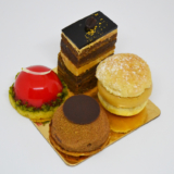 R Chocolate patisserie